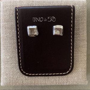 "NWT! UNO de 50 Earrings ""Nailed"" PEN0362."